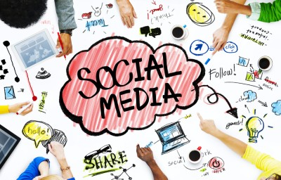 Google furore, Facebook updates aplenty, Apple Clips and Instagram censor - Social Media News – 10 Yetis Insight