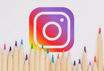 How to Beautifully Curate Your Instagram Channel
